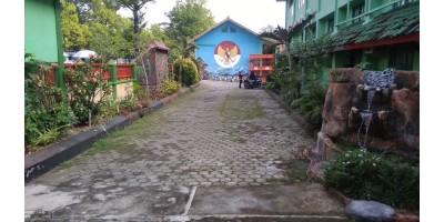Renovasi Taman Depan Sekolah